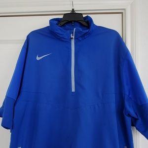 Nike golf short sleeve 1/4 zip size xl